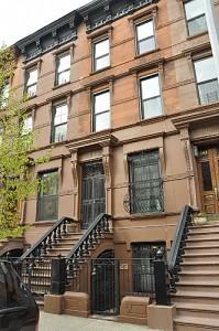 345 W 121 facade