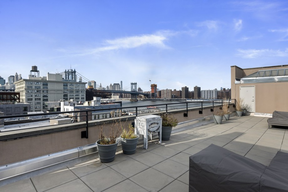 41 Bridge Street Roof Deck