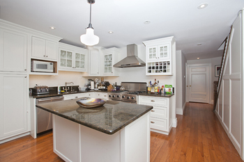 218 East 30th Street Duplex:  kitchen